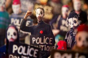 Fraternité contre la police politique
